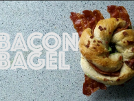 Bacon-bagel (Video-opskrift)